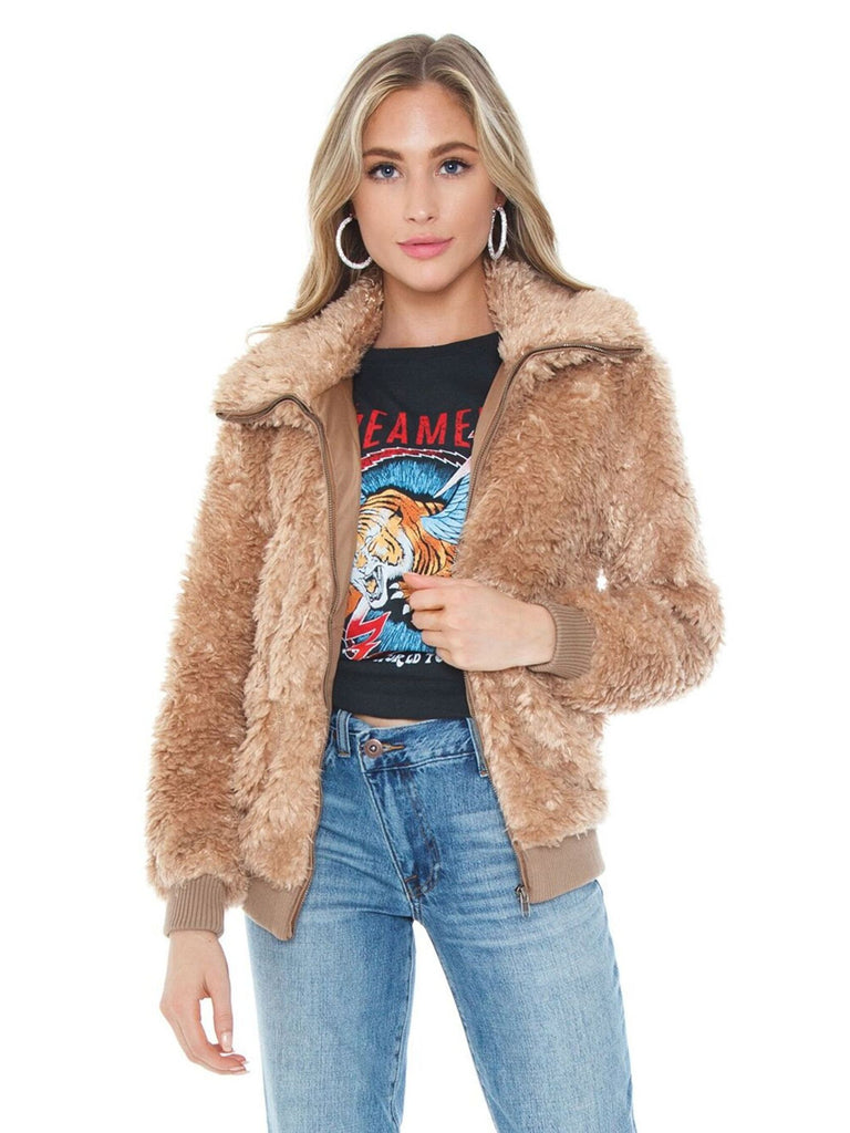 Girl wearing a jacket rental from BB Dakota called Fab Moment Faux Fur Jacket