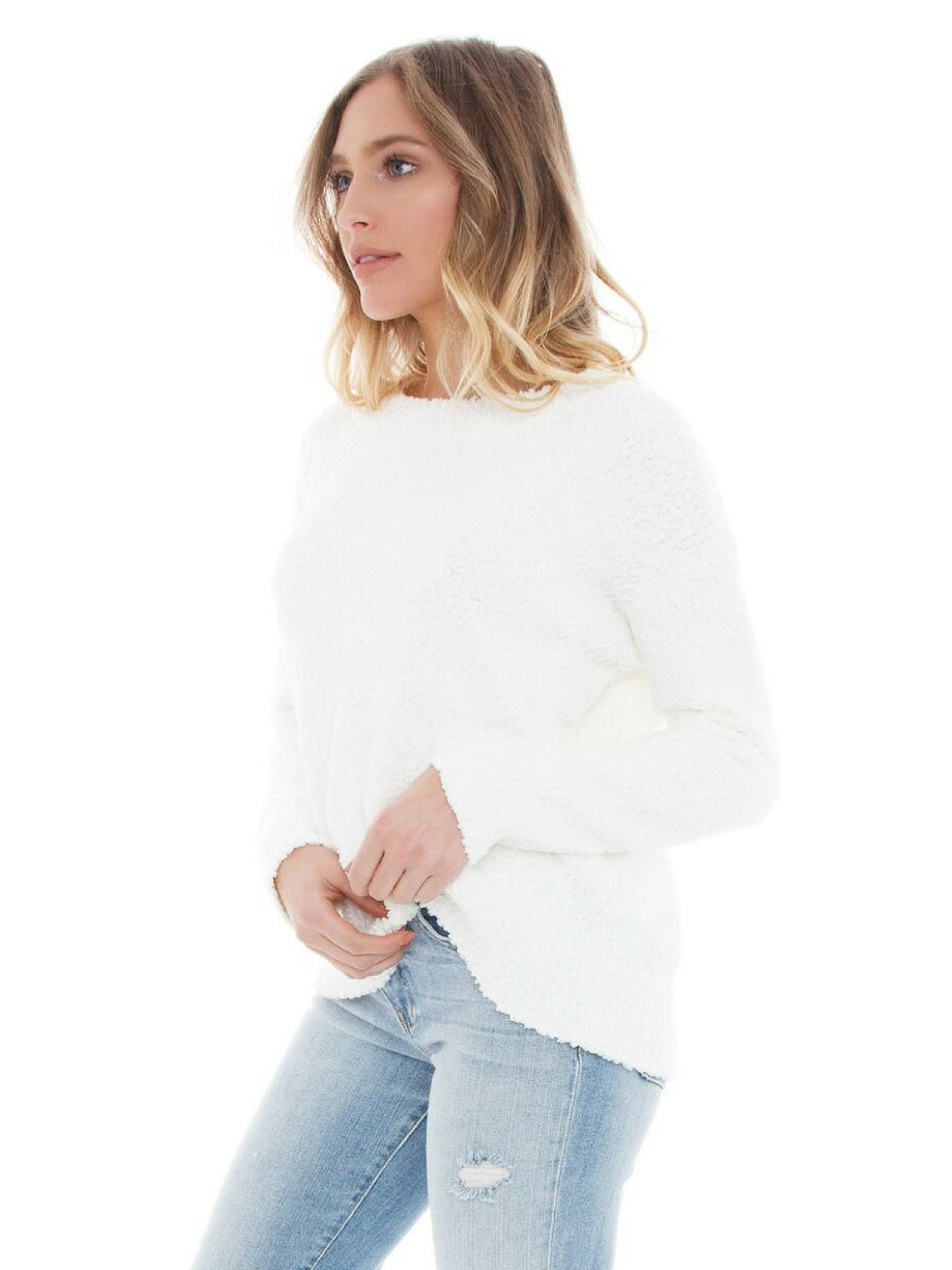 Women wearing a sweater rental from SANCTUARY called Teddy Popover
