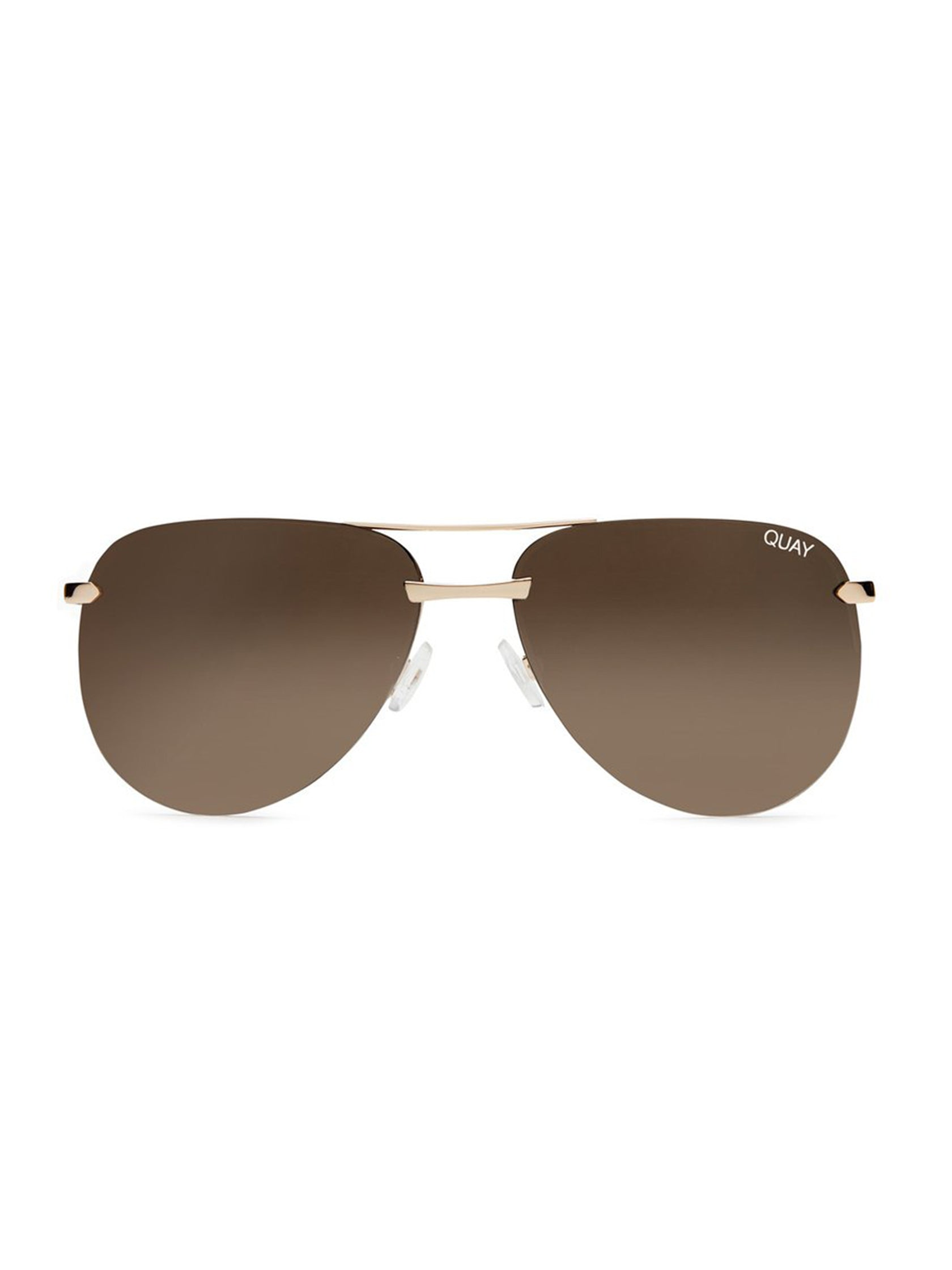 e1621fc19708 Girl outfit in a sunglasses rental from Quay Australia called The Playa  64mm Aviator Sunglasses