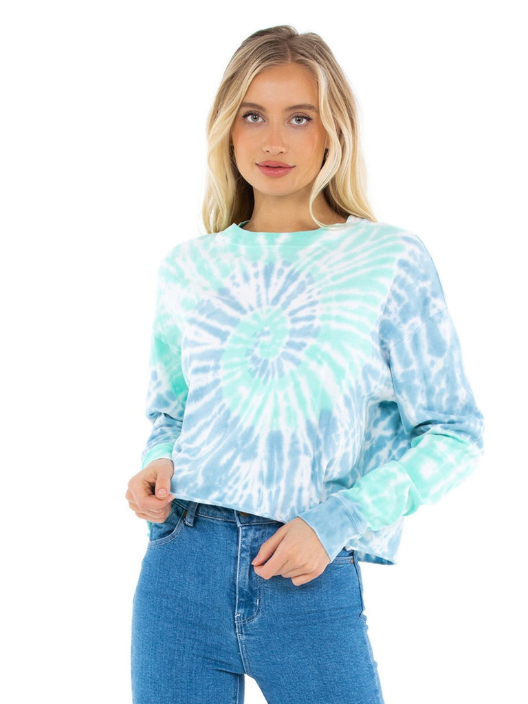 Girl outfit in a top rental from DAYDREAMER called Grateful Dead Tie Dye Long Sleeve Crop