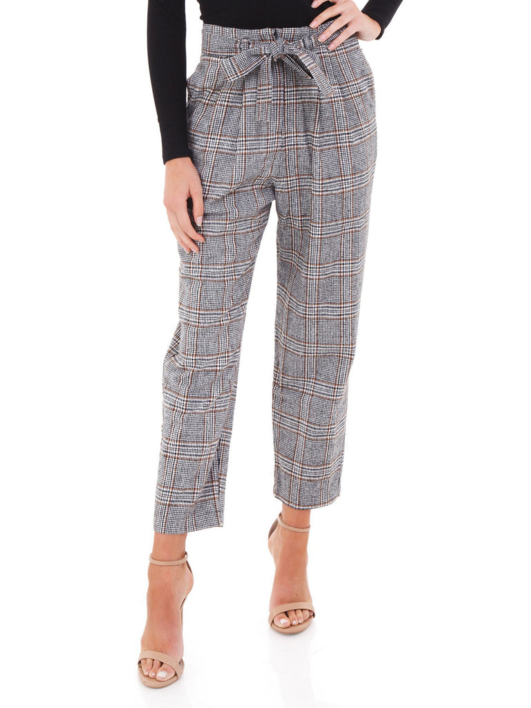 Women wearing a pants rental from ASTR called Tie Waist Trousers