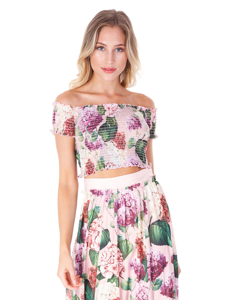 Women outfit in a top rental from Show Me Your Mumu called Heidi Ruffle Crop And Flirt Skirt