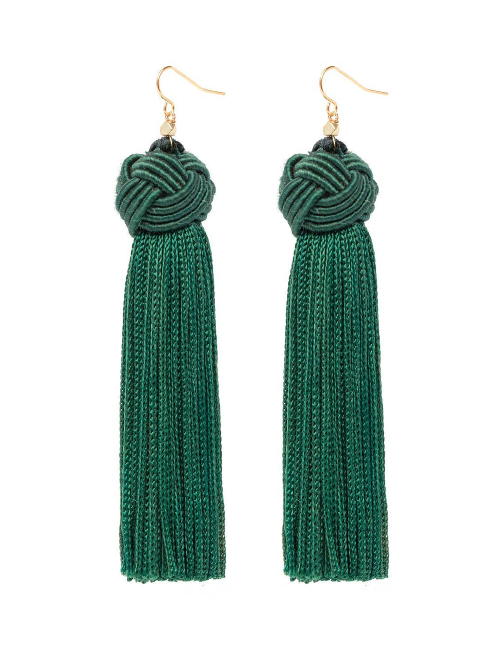 Women outfit in a earrings rental from Vanessa Mooney called Astrid Knotted Tassel Earring