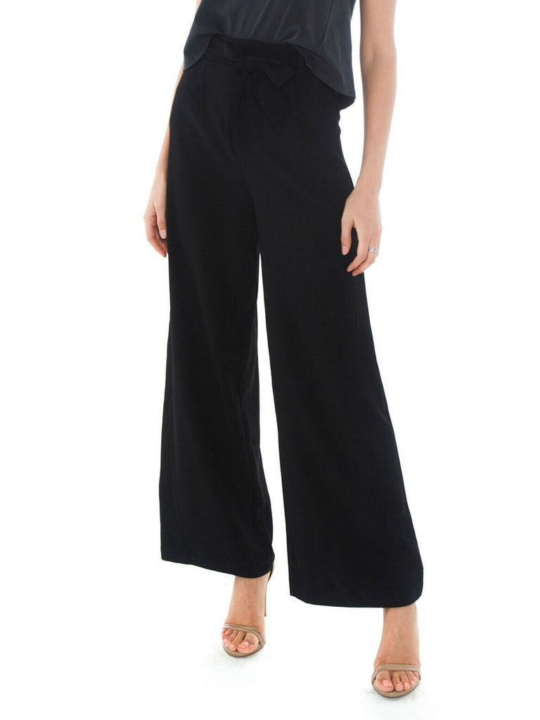 Women outfit in a pants rental from BB Dakota called New Wave Pant