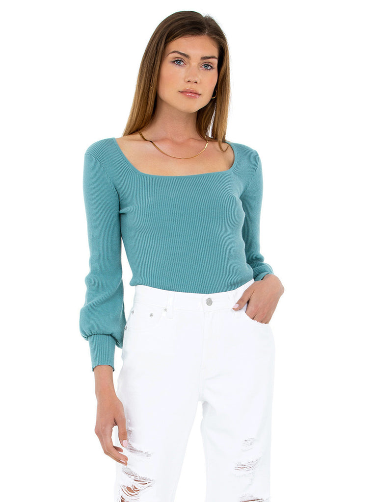 Women outfit in a sweater rental from BB Dakota called Rosalie Crop Top