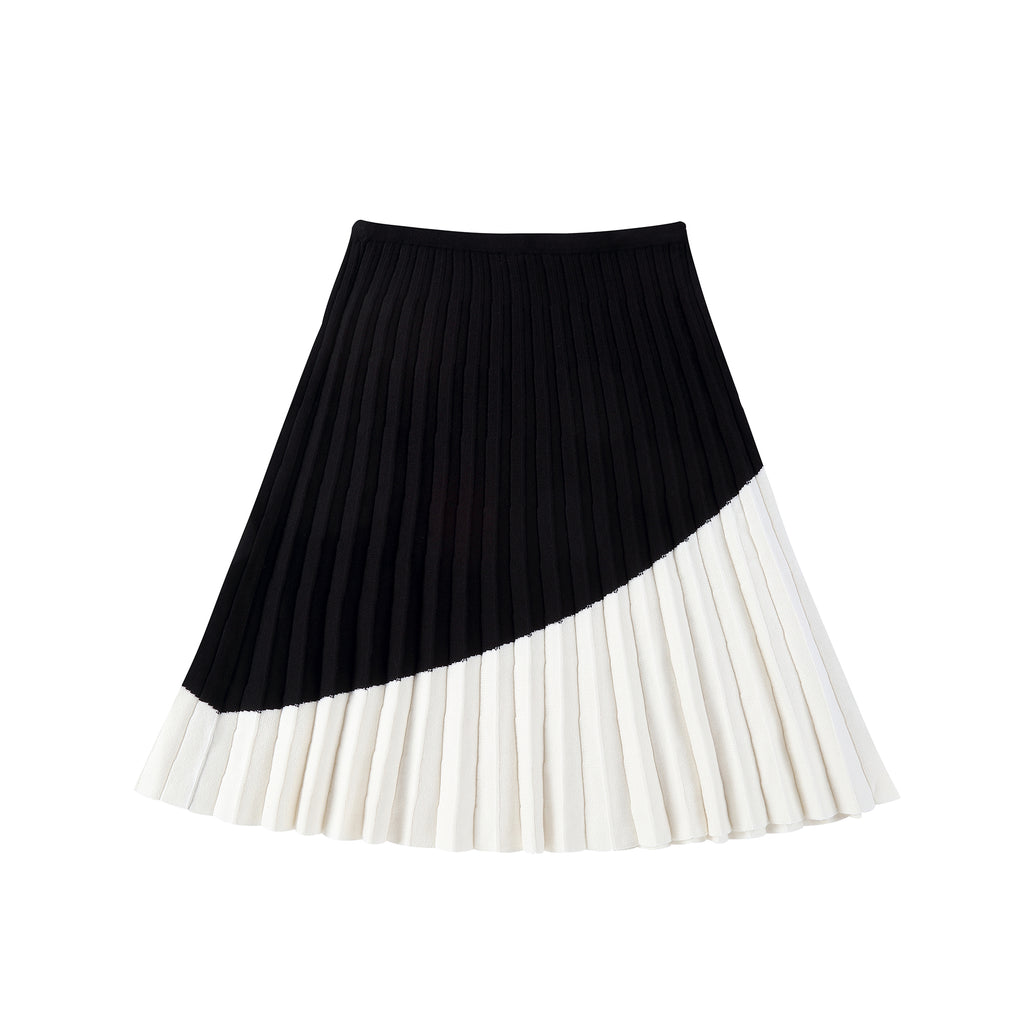 Teens Black and Ivory Pleated Knit Skirt