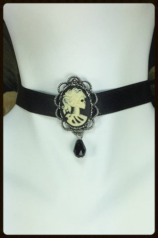 "Choker with Cameo on 3/8"" Ribbon"