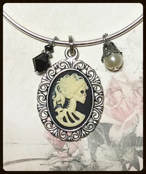 Bangle Bracelet with Skull Cameo Charm