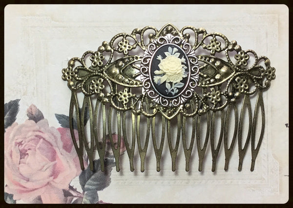 Hair Comb with Flower Cameo