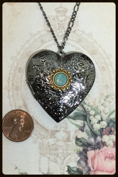 Large Heart Locket~Gunmetal