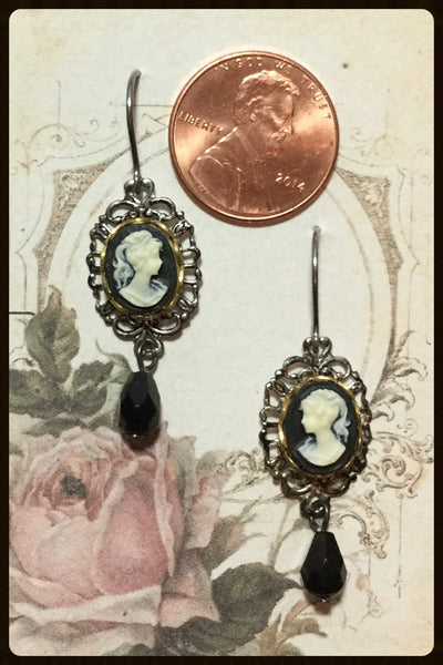Cameo Earrings With Small Teardrops