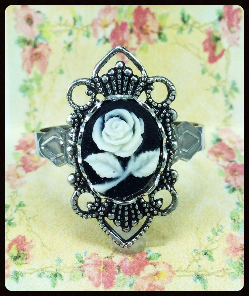 Ornate Cameo Ring