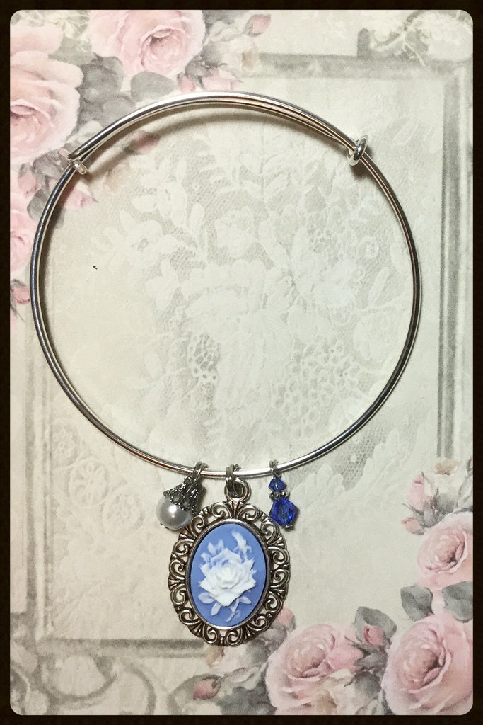 Bangle Bracelet with Cameo Charm