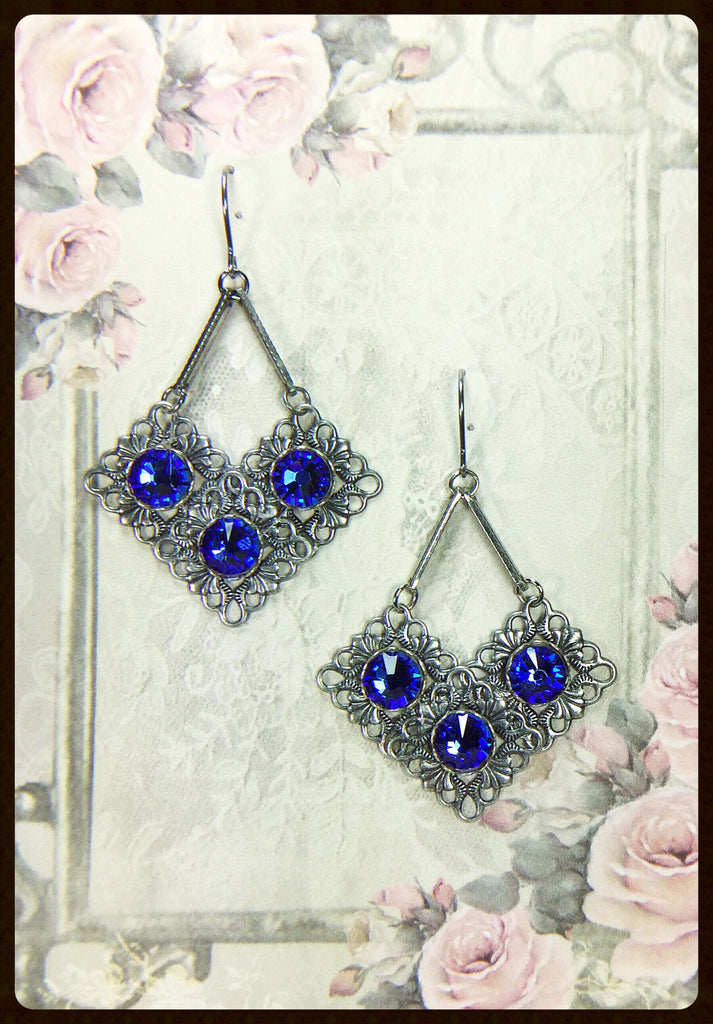 Triple Crystals Earrings