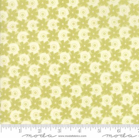 """Christmas Figs""-Christmas Giftwrap Light Green Mistletoe by Fig Tree Quilts for Moda"