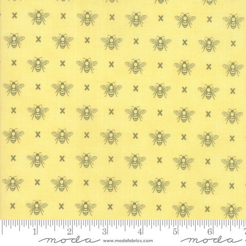 """Garden Variety""-Floral Queen Bee Sunshine by Lella Boutique for Moda"
