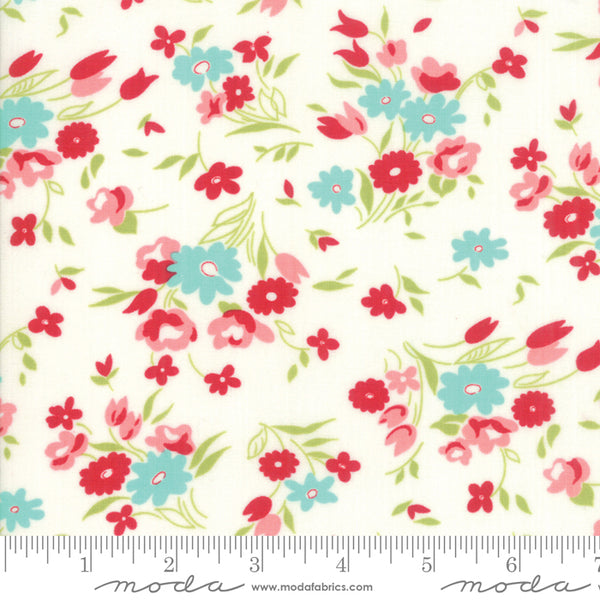 """Little Snippets""-Floral Fresh Cut Multi by Bonnie & Camille for Moda"