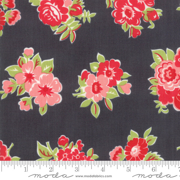 """Little Snippets""-Marmalade Floral Grey by Bonnie & Camille for Moda"