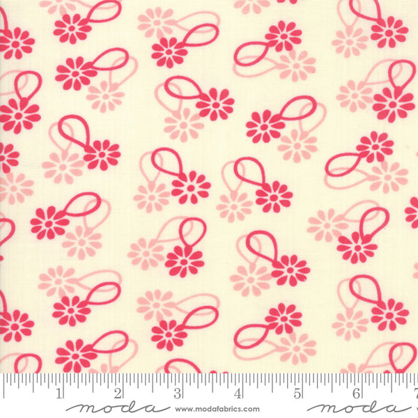 """Cheeky""- Floral Daisy Chain Red by Urban Chiks for Moda"