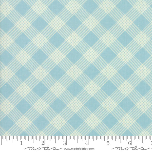 """Cheeky""-Floral Picnic Basket Light Blue by Urban Chiks for Moda"