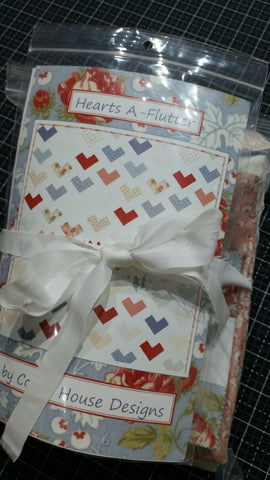 Hearts A-Flutter Quilt Kit