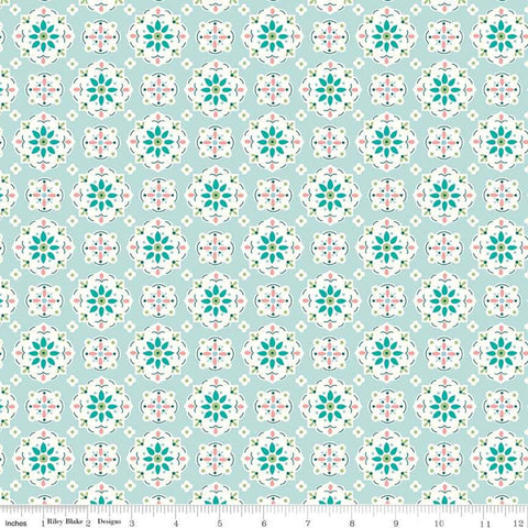 """Granny Chic""- Wallpaper Blue by Lori Holt of Bee in My Bonnet for Riley Blake"