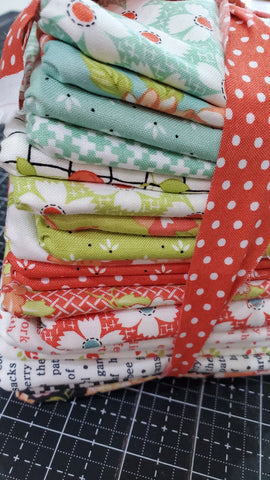 """Farmhouse II"" Fat Quarter Bundle 18"" x 21"" 20pcs by Fig Tree Quilts"