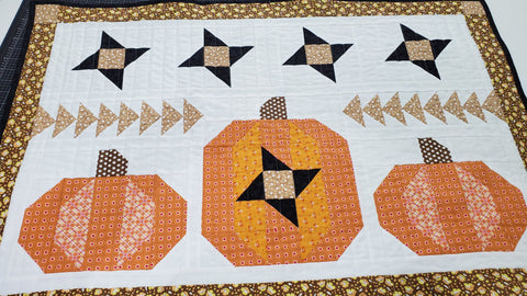 Pumpkin Sky Wall Hanging and Pillow Kit