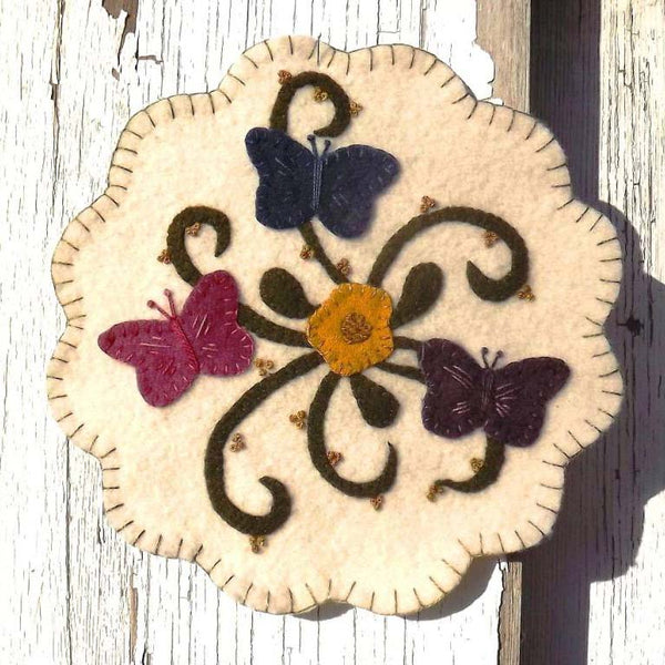 PASTTHYME PATTERNS Butterflies are Free Wool Pattern-Wool Applique Mat