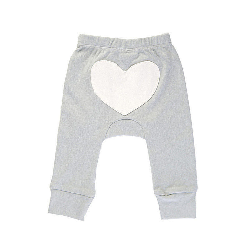 Shop with Peaches to find the perfect outfits for any occasion. Peaches offers a wide variety of bottoms for all shapes and sizes of your little ones, including pants, shorts, and skirts! Find your child's perfect fit at Peaches!
