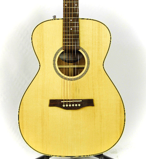 (Blemished) Seagull Maritime SWS Concert Hall Semi-Gloss Acoustic Guitar