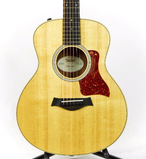 Taylor GS Mini-e Walnut Grand Symphony Acoustic/Electric Guitar