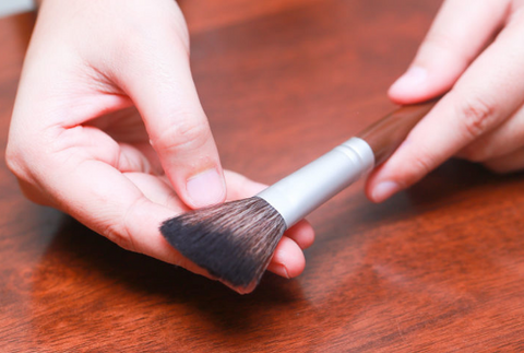 Refluffing Makeup Brushes