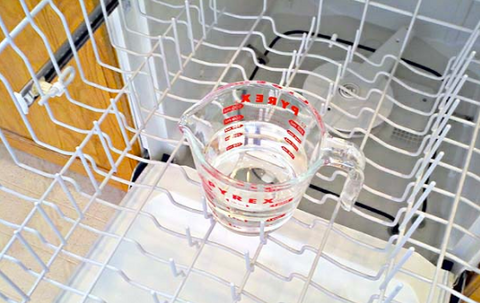 vinegar to clean dishwasher