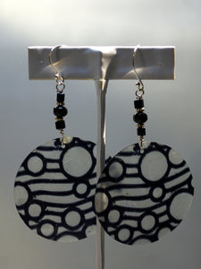capiz earrings/07 miss bubbly