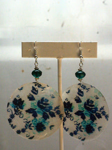 capiz earrings/03 minty leaves