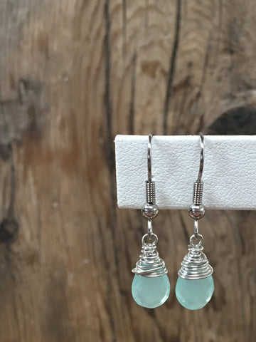 hand cut gemstone earrings/03 faceted teardrop aqua chalcedony