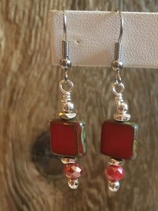 petite drop czech earrings/02 crimson red