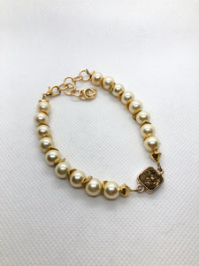 Drusy Quartz Tennis Bracelet - Gold Pearls with a Gold Drusy Gold Bezel Set Focal
