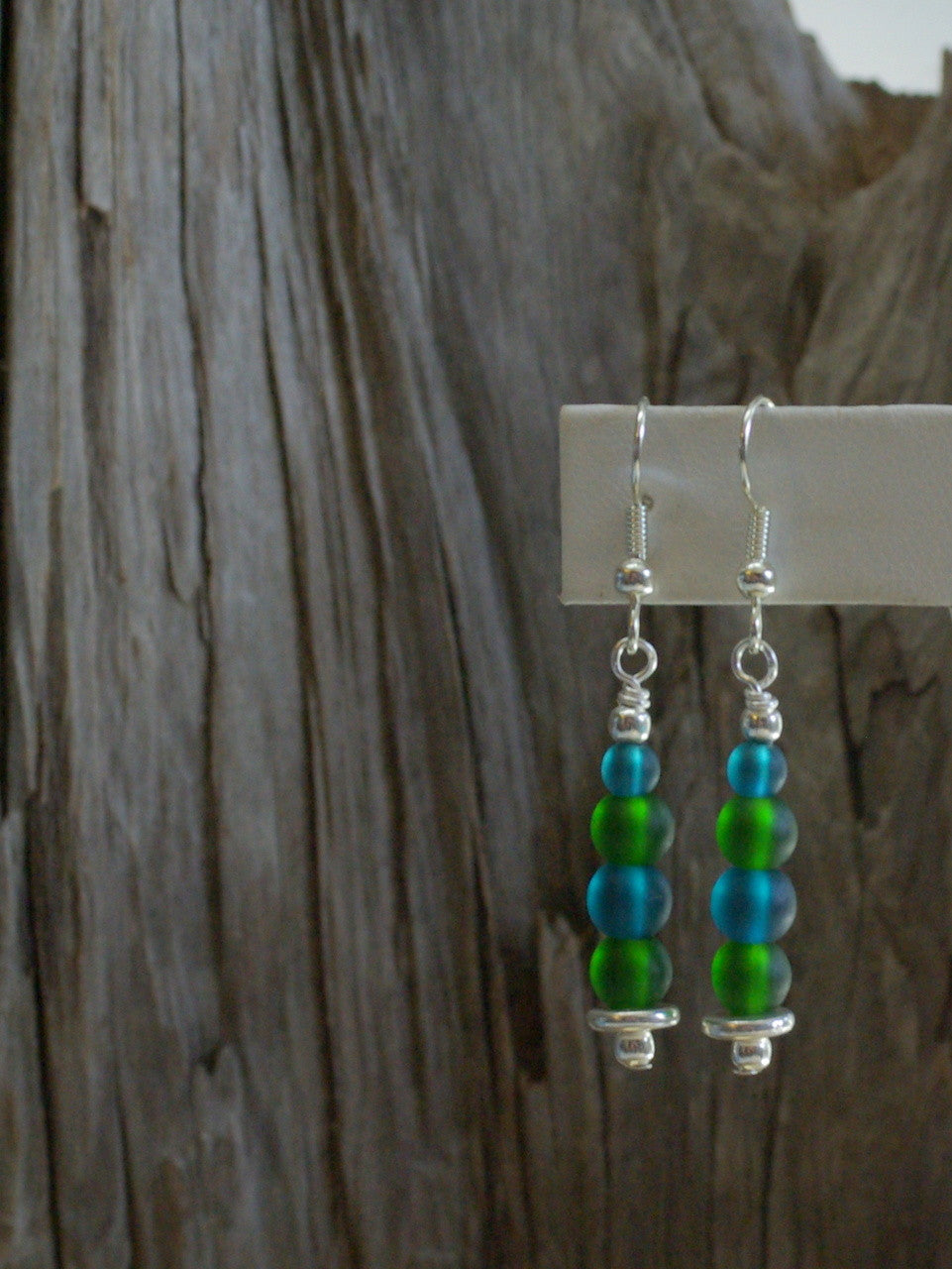 sea glass earrings/28 small stack in peacock & emerald