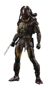 Predators 1/18 Scale Figure: Berserker Predator (Previews Exclusive)