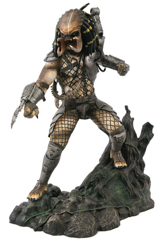 SDCC 2020 Predator Gallery Unmasked PVC Statue