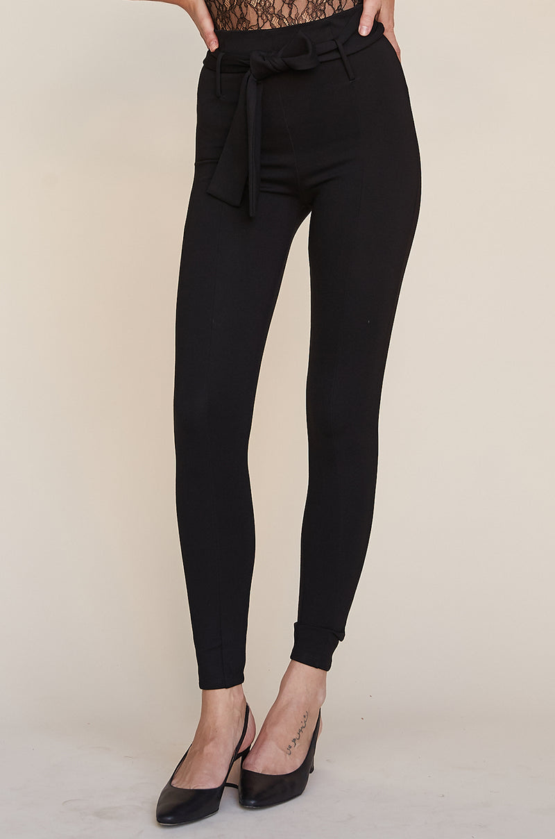 High Waist Belted Legging
