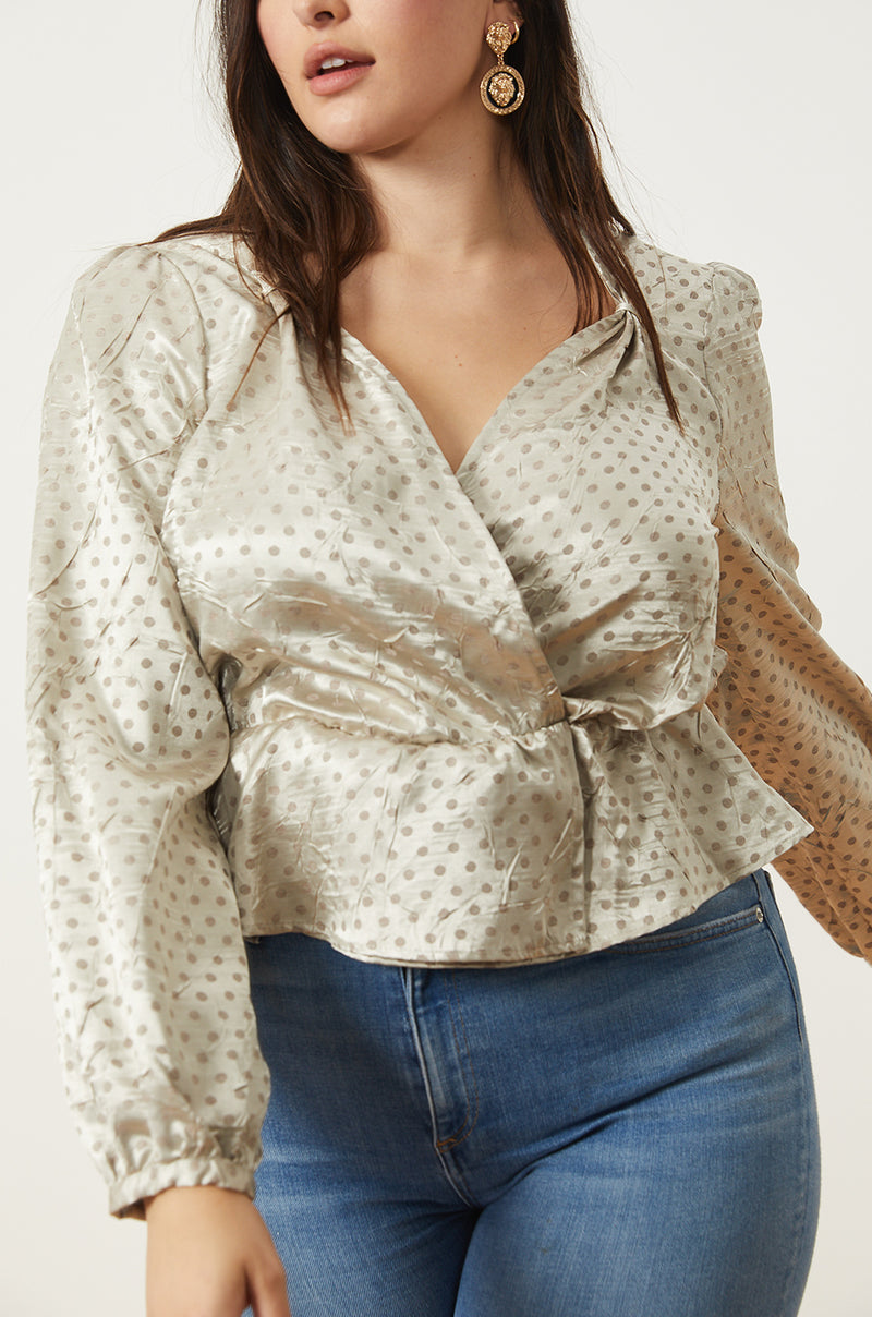 Pinched Shoulder Top