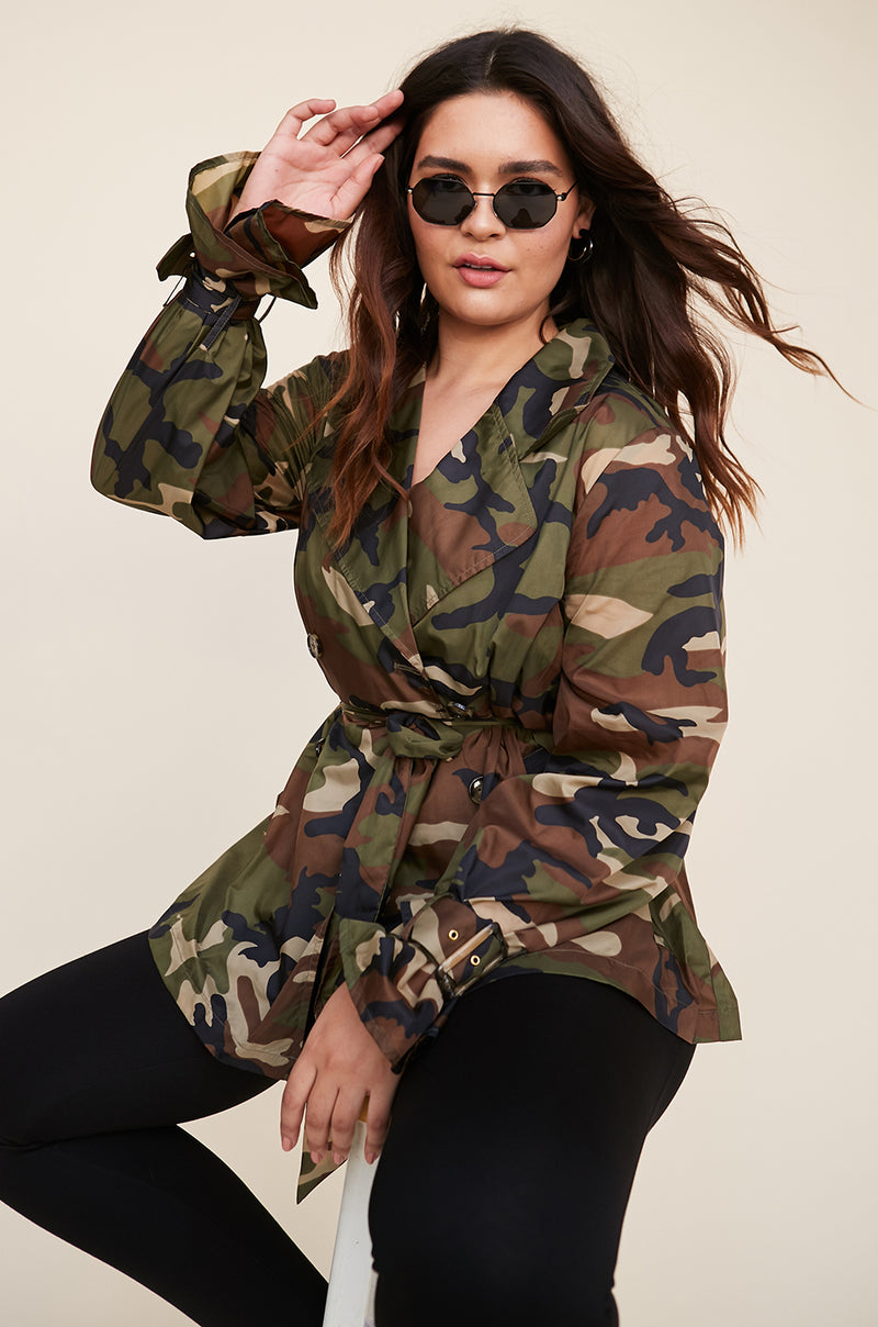 f28ff5255aea0 Trench Coat in Camo – LPA