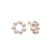 Beck Jewels - Margherite studs are handcrafted in Brooklyn, by women for women. Weaving Swarovski pearls in 14k gold-filled wires on a 24k vermeil frame (metals are manufactured in the USA)