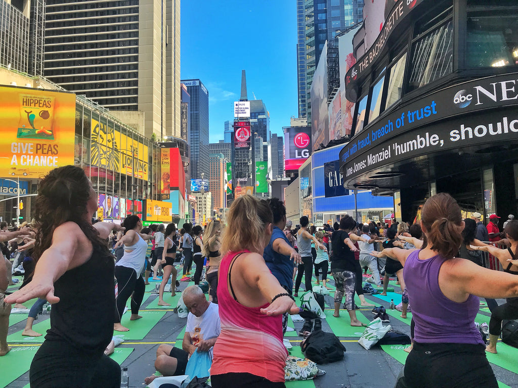 2018 SOLSTICE IN TIMES SQUARE : MIND OVER MADNESS YOGA
