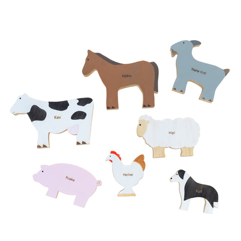 Te Reo Farm Animal Set