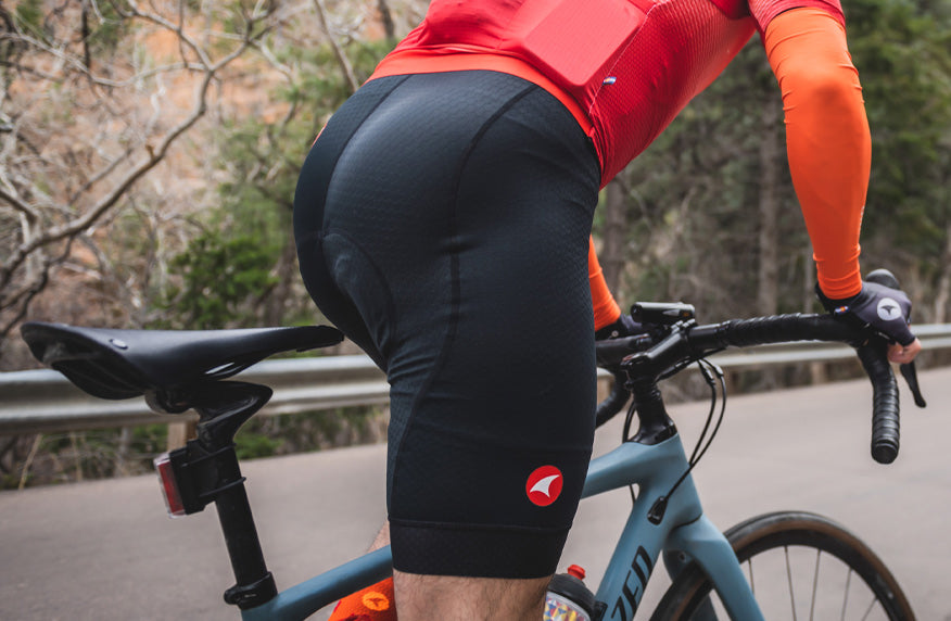 Close up photo of cyclist wearing the Summit Raptor Bib short