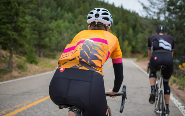 Endurance cycling jerseys for men and women